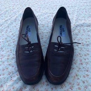 Vintage Trotters Leslie Leather Lace-Up Oxfords